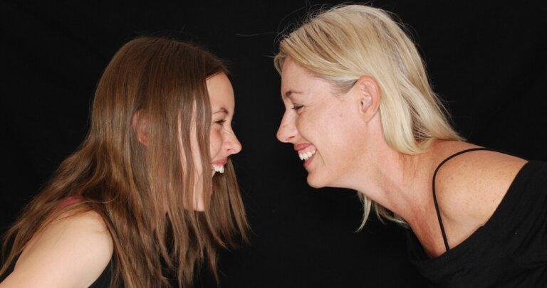 risata di donne